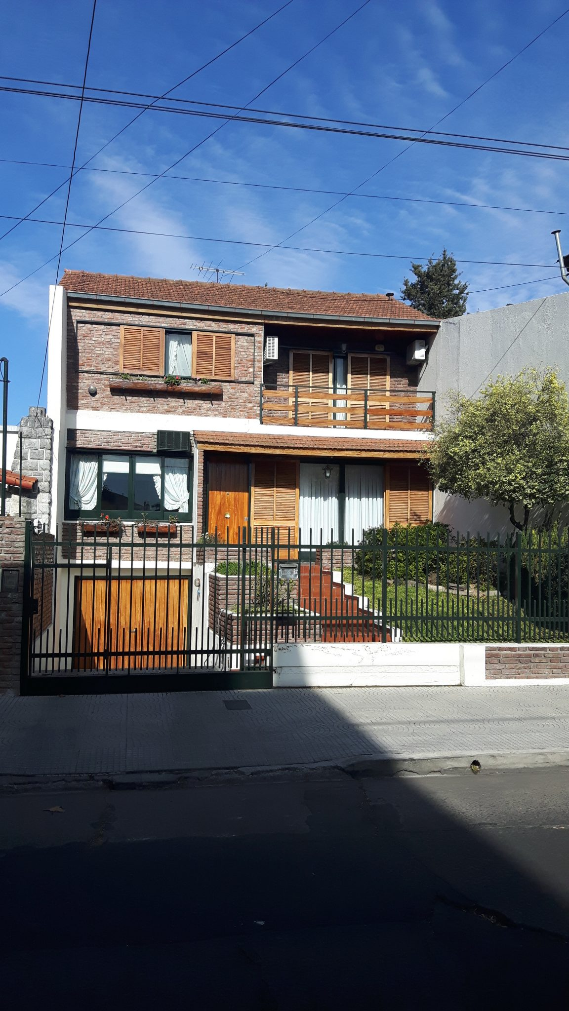 Chalet 5 amb. en Villa Sarmiento
