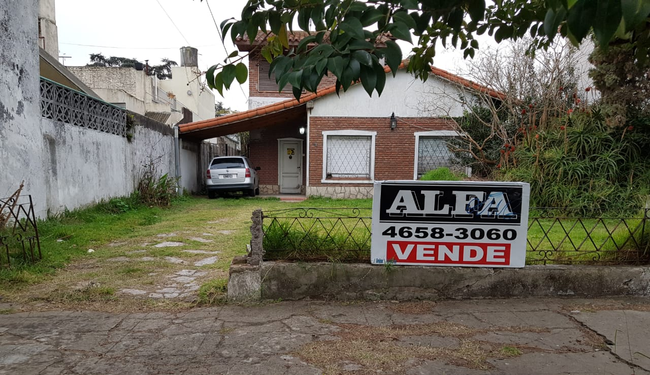 LOTE 12 X 30 MTS. CON CHALET ANTIGUO