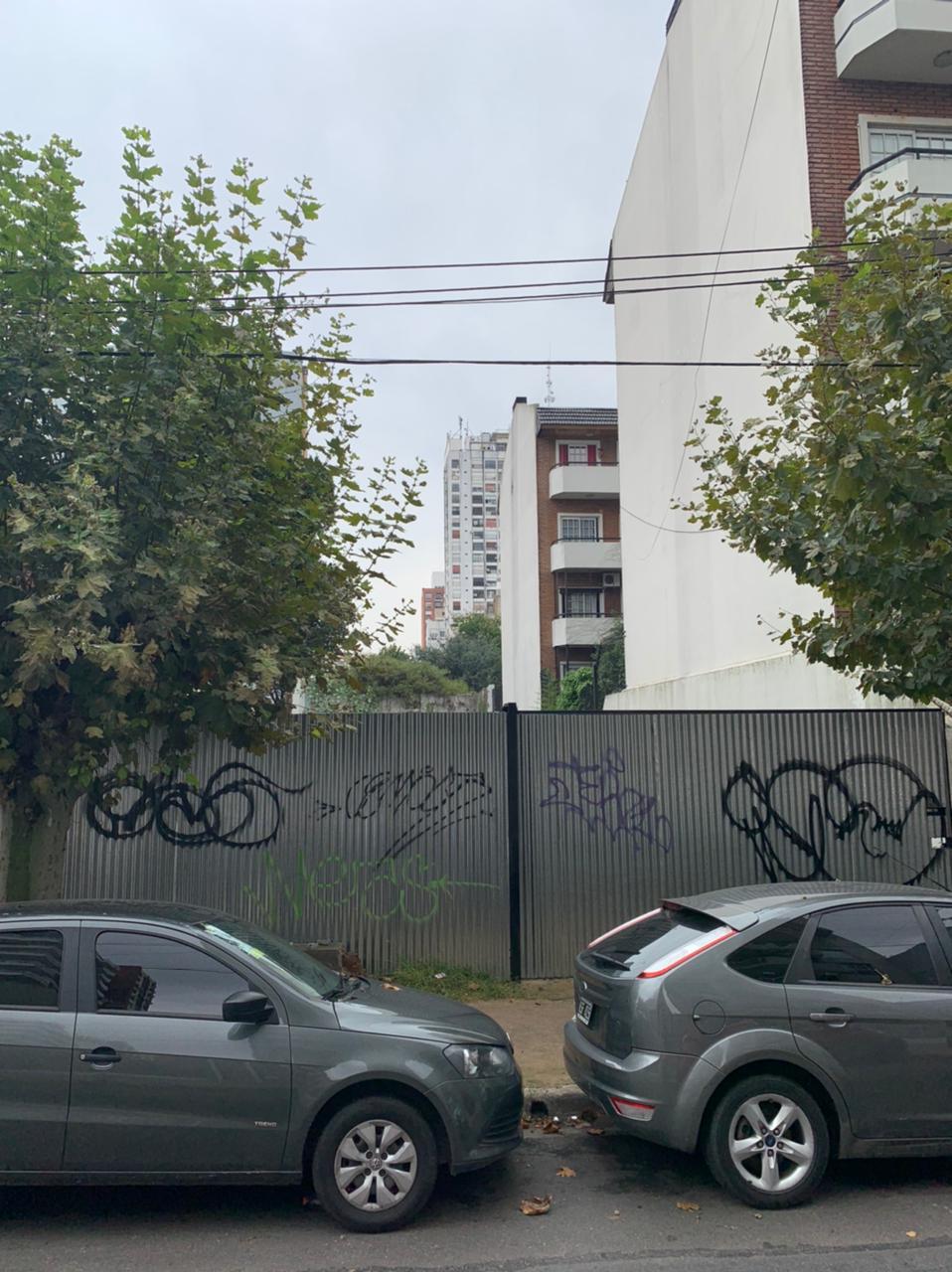 Importante Lote Centrico en R. Mejia – 1/ 2 Cuadra Estación